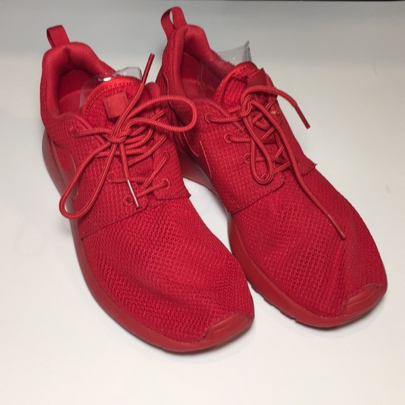 low priced cfd92 3e36c Nike Roshe One Varsity Red Men's Size 8